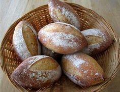 Panes aueropeos artesanles de queso parmesano y especiaa by Emmas