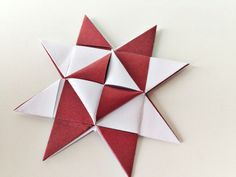 Paper Christmas Ornaments, Christmas Star, Christmas Crafts, Xmas, Origami Quilt, Origami Easy, Diy Snowflake Decorations, Christmas Decorations, Diy Ribbon