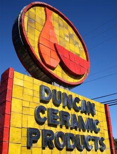 http://3.bp.blogspot.com/-o7j8YEQQ91w/ToY1QGsWrvI/AAAAAAAAEDU/6wsfTvUIp_U/s1600/Stan-Bitters-Duncan-sign-jp.jpg