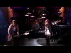 ▶ Everly - Maybe (One Tree Hill . 709) - YouTube