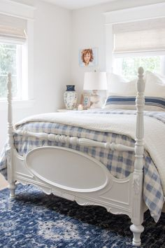 Pretty blue and white cottage style bedroom makeover. Great ideas and sources for decorating a small space on a budget. Cottage Style Bedrooms, Beach Cottage Style, Beach Cottage Decor, Country Cottage Bedroom, Southern Cottage, Farmhouse Bedrooms, Country Bedrooms, Coastal Bedrooms, Coastal Decor
