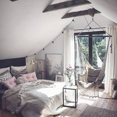 This bedroom Credit: @marzena.marideko #gofollow