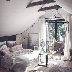 This bedroom Credit: @marzena.marideko #gofollow