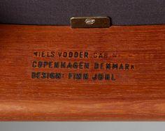"""Armchair """"Cheiftain"""" designed by Finn Juhl for Niels Vodder — Modernity"""