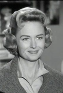Donna Reed...she worked extensively in television, notably as Donna Stone, an American middle class mother in the sitcom The Donna Reed Show (1958–66), in which she played a more prominent role than many other television mothers of the era and for which she received the Golden Globe Award for Best TV Star in 1963