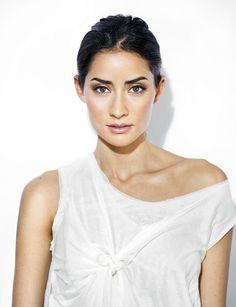Famous Celebrities, Celebs, Barbie, Baja California, Hollywood Stars, Feature Film, Unique Fashion, Women's Fashion, Beautiful Creatures