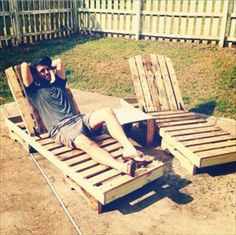 Pallet Chaise Lounge Chair