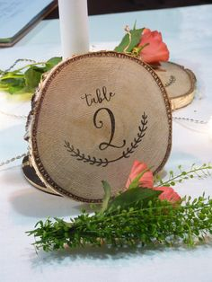 log wood decoration table – diameter from shop latelierinspire on Etsy Source by latelierinspire Trendy Wedding, Diy Wedding, Wedding Prep, Wedding Tables, Deco Table Champetre, Wedding Reception Activities, Vintage Wedding Signs, Best Wedding Guest Dresses, Rustic Table
