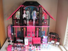 AMAZING Custom Monster High Doll House Lot Furniture Accessories Boy Clothes Bed