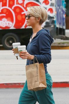 Julianne Hough pixie | Julianne Hough Joins the Pixie Cut Club