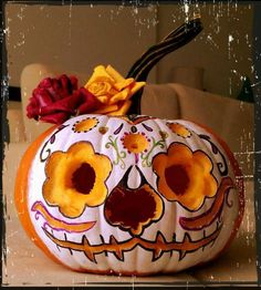 """I made this """"Dia de los Muertos"""" Halloween pumpkin design inspired in the type of makeup some people use in Mexico to celebrate this day. By Gloribell Lebrón Casa Halloween, Holidays Halloween, Halloween Pumpkins, Halloween Crafts, Happy Halloween, Halloween Decorations, Mexican Halloween, Halloween Images, Haunted Halloween"""
