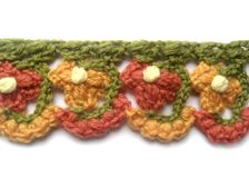 tons of free edging patterns - love the colors on this one!