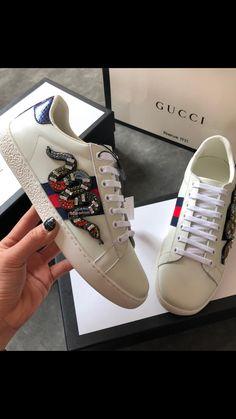 815ecd1c286 538 melhores imagens de Gucci acessórios em 2019