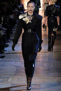 The Fashionista's Blackbook: Paris Fashion Week|Yves Saint Laurent Fall/Winter 2012-2013 RTW Collection