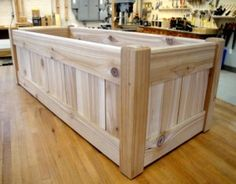 make a gorgeous cedar planter box