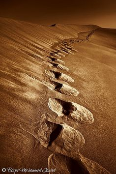 Footprints by Baqer Jawad Photography, via Flickr
