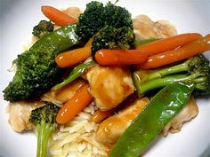Stephanie Cooks: Weight Watchers   Sweet and Sour Chicken Stir Fry   -  Use GF soy sauce