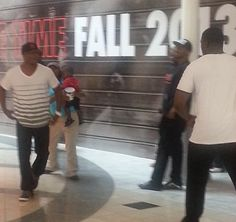 This is how you know Gucci Mane is really crazy. After dissing everybody on Twitter including ex friends Rocko, Waka Flocka, Frenchie, Wooh Da Kid and more, Gucci is spotted in Lennox Mall by himself. Something happened between Gucci and a random guy in the mall. According to the person talking Gucci walked away from [...]