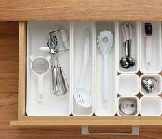 Howards Storage World | 9pc Starter Multi-Pack Drawer Organiser Large
