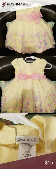 Girls Chiffon Dress with embroidered flower tule Girls Chiffon Dress with embroidered flower tule. Worn once. jona michelle Dresses Formal