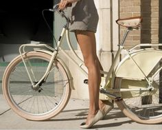 old-school bike, cuffed shorts and cute flats... who says you cant look chic while being active?
