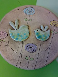Bird dance / seller goods Jakča and Ufola – Ceramic Hand Built Pottery, Slab Pottery, Ceramic Pottery, Clay Projects, Clay Crafts, Clay Tiles, Ceramic Birds, Pottery Sculpture, Clay Figures