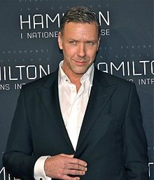 Wikipedia article about Mikael Persbrandt (Beorn in the Hobbit)
