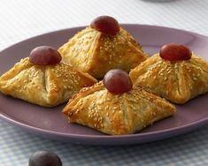 Przepis na Wytrawne paszteciki Party Snacks, French Toast, Dairy, Pudding, Cheese, Breakfast, Desserts, Recipes, Food