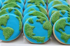 #urbanicing #earthday #earthcookies #customcookies Custom Cookies, Cake Pops, Icing, Urban, Sweet, Creative, Desserts, Food, Meal