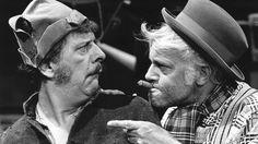 Joop Doderer en Piet Ekel als Swiebertje (links) en Malle Pietje in de televisieserie Swiebertje | ANP