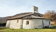Piediripa è una villa di transito sorta all`incrocio delle tratte ortogonali di Forca della Civita - Norcia e di quella San Pellegrino - Fogliano.