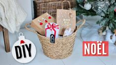 DIY NOËL : 5 EMBALLAGES CADEAUX ORIGINAUX & IDÉES CADEAUX Christmas Room, Diy Christmas Gifts, Holiday Decor, Diy Cadeau Noel, Room Decor, Decor Ideas, Christmas Wrapping, Easy Gifts, Personalized Gifts
