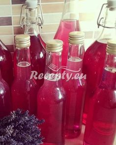 ▷ Šeříkový sirup recept - Recepty.eu Creepy Drawings, Hot Sauce Bottles, Vintage Toys, Alcoholic Drinks, Seeds, Food, Lemon, Syrup, Creepy Pictures