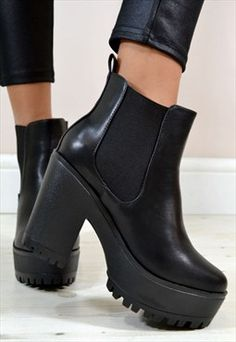 JESSICA Chunky Heel Chelsea Biker Style Ankle Boots in Black