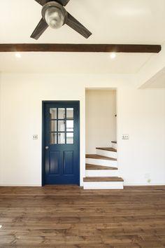 室内ドア/青/ドア/輸入ドア/扉/インテリア/ナチュラルインテリア/注文住宅/施工例/ジャストの家/door/interior/house/homedecor/housedesign