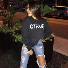 girl, style, and outfit image Tumblr Outfits, Mode Outfits, Casual Outfits, Fashion Outfits, Tumblr Photography, Photography Poses, Tmblr Girl, Claudia Tihan, Leila
