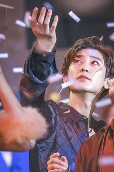 161008 EXO at DMC Festival #EXO #CHANYEOL