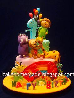 Baby TV birthday cake Baby Tv Cake, 2nd Birthday, Happy Birthday, Happy 1st Birthdays, Candyland, Cake Cookies, Fondant, Irene, Cakes