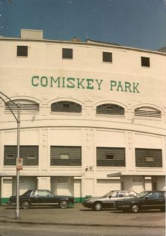 Chicago's original Comiskey Park Stadium on West Street. ( Demolished / Replaced with new stadium across the street.) Chicago Illinois circa late I grew up going too games at the old comiskey park Chicago City, Chicago Area, Chicago Illinois, Chicago Style, South Side Chicago, White Sox Baseball, Baseball Park, Baseball Shoes, Viajes