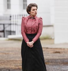 Hayley Atwell on set filming Howards End, 10 March 2017