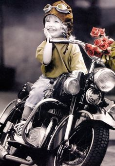 Outstanding Harley davidson motorcycles images are offered on our website. Take a look and you wont be sorry you did. Motos Harley Davidson, Lady Biker, Biker Girl, Biker Baby, Biker Quotes, Biker Chick, Photographing Kids, My Ride, Belle Photo