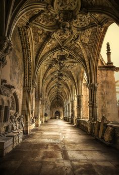 """visitheworld: The gothic cloister of Catedral de. visitheworld: """" The gothic cloister of Catedral de León, Spain (by Luciti). Art Et Architecture, Beautiful Architecture, Beautiful Buildings, Architecture Details, Cathedral Architecture, Classic Architecture, Places To Travel, Places To See, Beautiful World"""