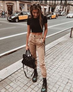 trendy outfits for summer \ trendy outfits ; trendy outfits for school ; trendy outfits for summer ; trendy outfits for women ; trendy outfits for fall ; Hogwarts Outfit, Cute Teen Outfits, Outfits For Teens, Casual Outfits, Dress Casual, Casual Chic, Fashionable Outfits, College Outfits, Office Outfits
