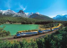 Rocky Mountaineer / Canadá  Vancouver ou Seattle sentido para Calgary, Jasper ou Halifax.