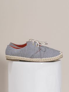 """Alpargata en """"Xanela"""" #Alpargata de cordones de estilo marinero. Muy cómodas. #Moda #primavera #verano #zapatos #calzado"""
