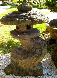 asiatischer springbrunnen im garten asiatischer garten pinterest springbrunnen asiatisch. Black Bedroom Furniture Sets. Home Design Ideas