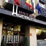Aparto-Suites Muralto en Madrid.