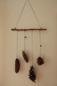60 Simple & Creative Ideas to Use Wood Branches into Your Home Decoration Autumn Crafts, Nature Crafts, Diy And Crafts, Crafts For Kids, Arts And Crafts, Christmas Crafts, Christmas Decorations, Simple Christmas, Christmas Themes