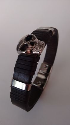 ZC 153 couro preto metal niquel