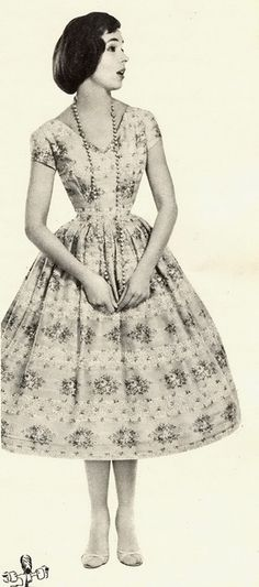1957.  This reminds me of that awesome white dress you made.  It had flowers all around the bottom of it.  I think there is a picture  of you in it outside the Waitara War Memorial Hall.  Might have been one of my school fancy dresses.